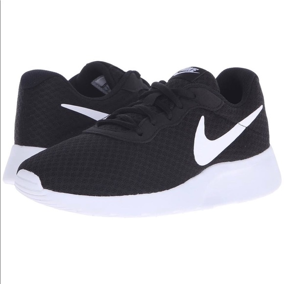 Nike Tanjun Women s Running Shoes Black White. M 5ac4378aa6e3ea1c12db4485 2caea7ee5